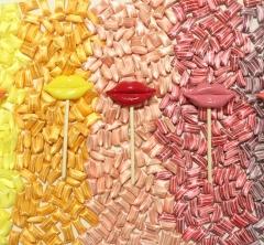 papabubbleのバレンタインは大人可愛い「唇ロリポップ」と「チョコレートキャンディ」