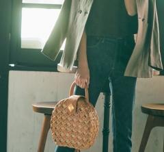 4/29 Sun. 【ぺたんこ靴とバッグ】、アガる小物使いで春コーデを更新