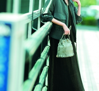 6/14 Thu. 【とろみワンピ】にカーキジャケット合わせでクールな女前スタイルに