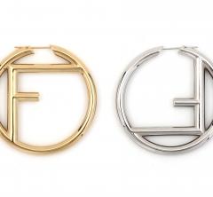 フェンディ、ロゴ尽くしの新作ファッションジュエリー「エフ イズ フェンディ」を発表!