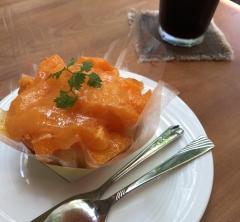 ぶどう棚の下で食べるフルーティなケーキが魅力 川端風太朗@奈良・生駒