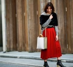 40代ファッションと言えばの「シークレット・トロフィー」!人気アイテムをSTORYスタイリストが着る!①