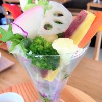 野菜のパフェに驚き!金沢 Horita205 ランチに