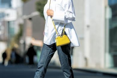 【街のオシャレ40代SNAP!May④】ビッグシャツにはリジッドデニムできちんと感を
