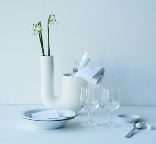 新しい花器ブランド「há」のポップアップストアがオープンしました