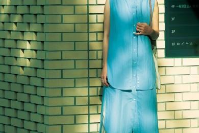 【街のオシャレ40代SNAP!August⑦】人気のボリュームコーデはまず淡い色がオススメ