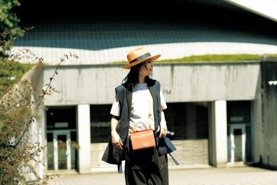 【黒パンツ1週間コーデ②】モノトーンでさりげなく差のつく応援スタイル[8/6 Tue.]