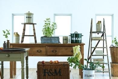 IDÉEで見つける、英国と北欧のヴィンテージ家具