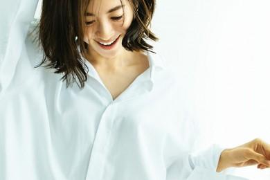 【大人のシャツファッション31選】シャツの着こなしがサマになる女性ってやっぱり素敵!