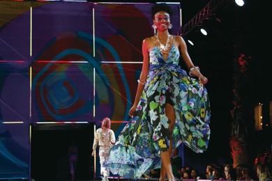 ラテンな華やか服で話題、「デシグアル」イベントをリポート!