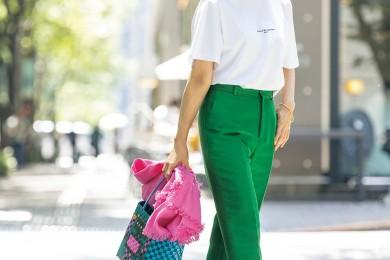 【街のオシャレ40代SNAP!September⑤】大きめサイズのTシャツで華奢見せを