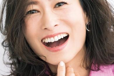 口臭ケアグッズ、たるみ防止筋トレetc.「口の老化」を防ぐ方法あります