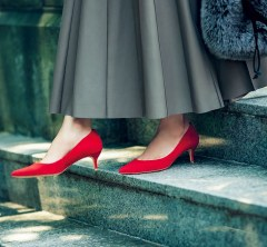 """秋に""""大人の女""""としての価値を上げる【4つの靴】"""
