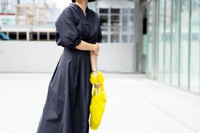 【街のオシャレ40代SNAP! October⑥】保護者会もOK!シャツのセットアップは気軽に着られて品よくきまる