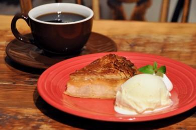 行列ができるアップルパイ専門店「グラニースミス」が二子玉川にオープン