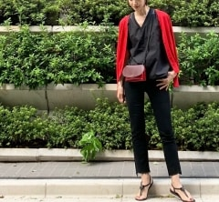 武藤京子ブログ「差し色『赤』で コーディネート」
