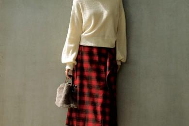 【ブロックチェック】スカートで冬コーデに華やかさを[12/13 Fri.]