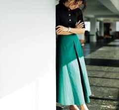【キレイ色スカート】と【チェック柄ミュール】でオフィスでも気持ちがアガる![2/18 Tue.]