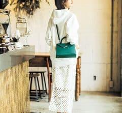 ご近所のカフェご飯もいい気分転換【パーカーファッション】[3/29 Sun.]