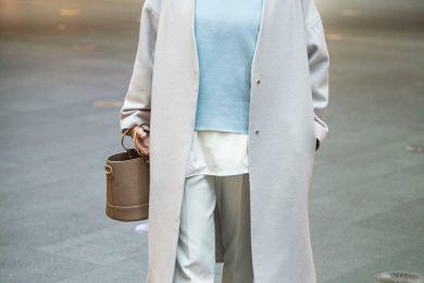 【街のオシャレ40代SNAP!Feb27th】寒い冬だから、綺麗な色合いの服を着ているだけで、暖かく優しい雰囲気に