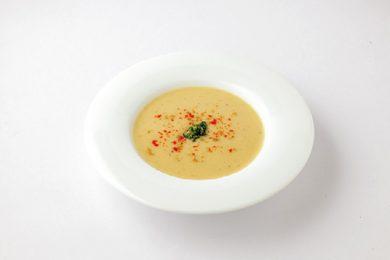 レンズ豆と新玉ねぎのスープ【プロに聞いたお家ごはんレシピ】