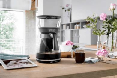 おうちで美味しいアイスコーヒーが楽しめる、 デロンギの最新ドリップコーヒーメーカー