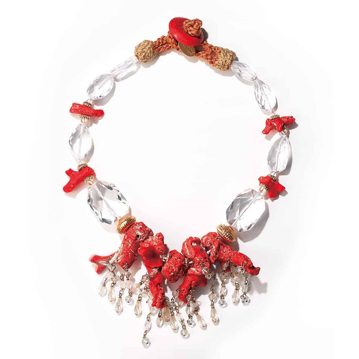 天然サンゴと揺れる水晶がドラマチックな1点ものネックレス