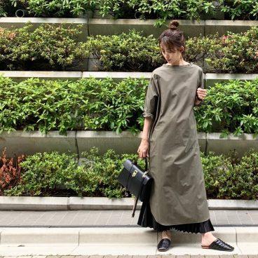 武藤京子ブログ「背景と同化してる!?先日のお洋服」