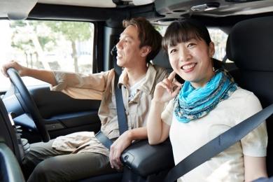 夫婦のドライブ空間は「たばこの見直し」で快適になる!
