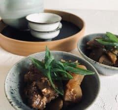 日本酒&レモンサワーに合う牛スジのアレンジレシピ【おうち時間を豊かにするアイディアレシピvol.3】
