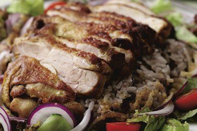 スパイシーチキンと十六雑穀米のサラダ【プロに聞いたお家ごはんレシピ】