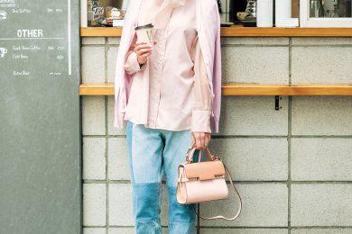 【街のオシャレ40代SNAP!June⑧】多めピンクもデニムのラフさでバランス良好