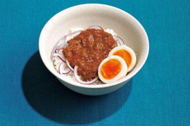 温かいご飯にのせるだけ!ハンバーグのっけ丼【簡単!夏休みのお昼ご飯レシピ】