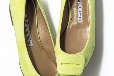 一瞬でオシャレになれる旬な小物は「ネオンカラーの靴」【編集部オススメブランド別】