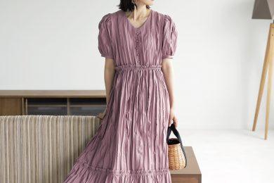 シートロの夏T&夏ワンピは、サラッと着られて、シュッと細見え!
