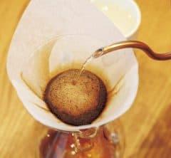 スターバックス一流女性バリスタに学ぶ!「美味しいコーヒーの淹れ方」