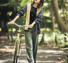 自転車で公園に行くとき【サテンパンツ】にしてみたら[11/1 Sun.]