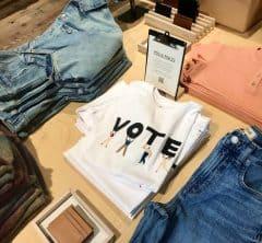 """【南カリフォルニアより】大統領選間近!気になる """"VOTE""""ファッション"""