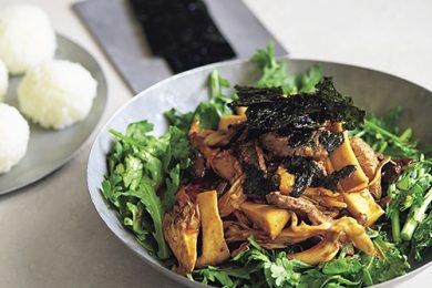 牛肉とエリンギ・舞茸・ 春菊の韓国風サラダ【プロに聞いたお家ごはんレシピ】