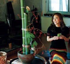 モデルHARUKOさんは「門松オブジェ」をDIY!|今年は帰省しないで楽しむ「ゆく年くる年」