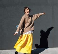 さぁ風の時代、【ボリュームカラースカート】とともに40代も華やぐ![1/1 Fri.]