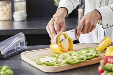 いつでも切れ味がシャープ! 自動で研げるティファールのキッチンナイフ