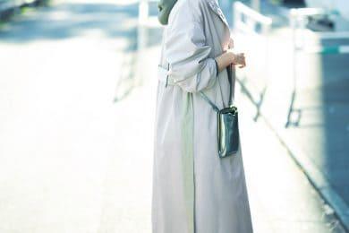 ふんわり袖の春配色コートで定番カジュアルも真新しく![3/6 Sat.]