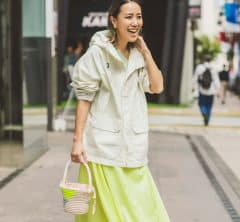 【ユニクロ春SNAP!】スタイリスト濱口沙世子さんの大人の春色レイヤードのコツとは