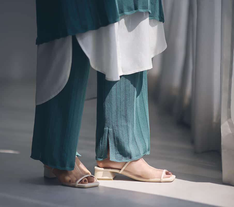 パンツの裾のスリット