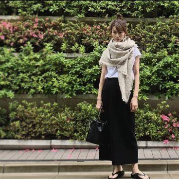 今季もののトップスとスカート 温度調節はストールで   武藤京子ブログ