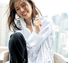 モデル・中林美和さん、40代からの「恋愛リハビリコーデ」