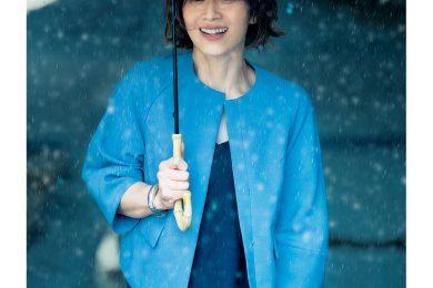 「撥水機能付きの羽織り」で、雨でもオシャレを諦めない!
