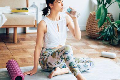 オトナ悩みが出てきたら、「シリカ水」習慣で美活を!