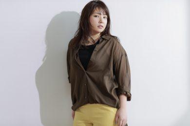 野呂佳代さんが着こなす、マシュマロ体型のための「レイヤードコーデ術」4選